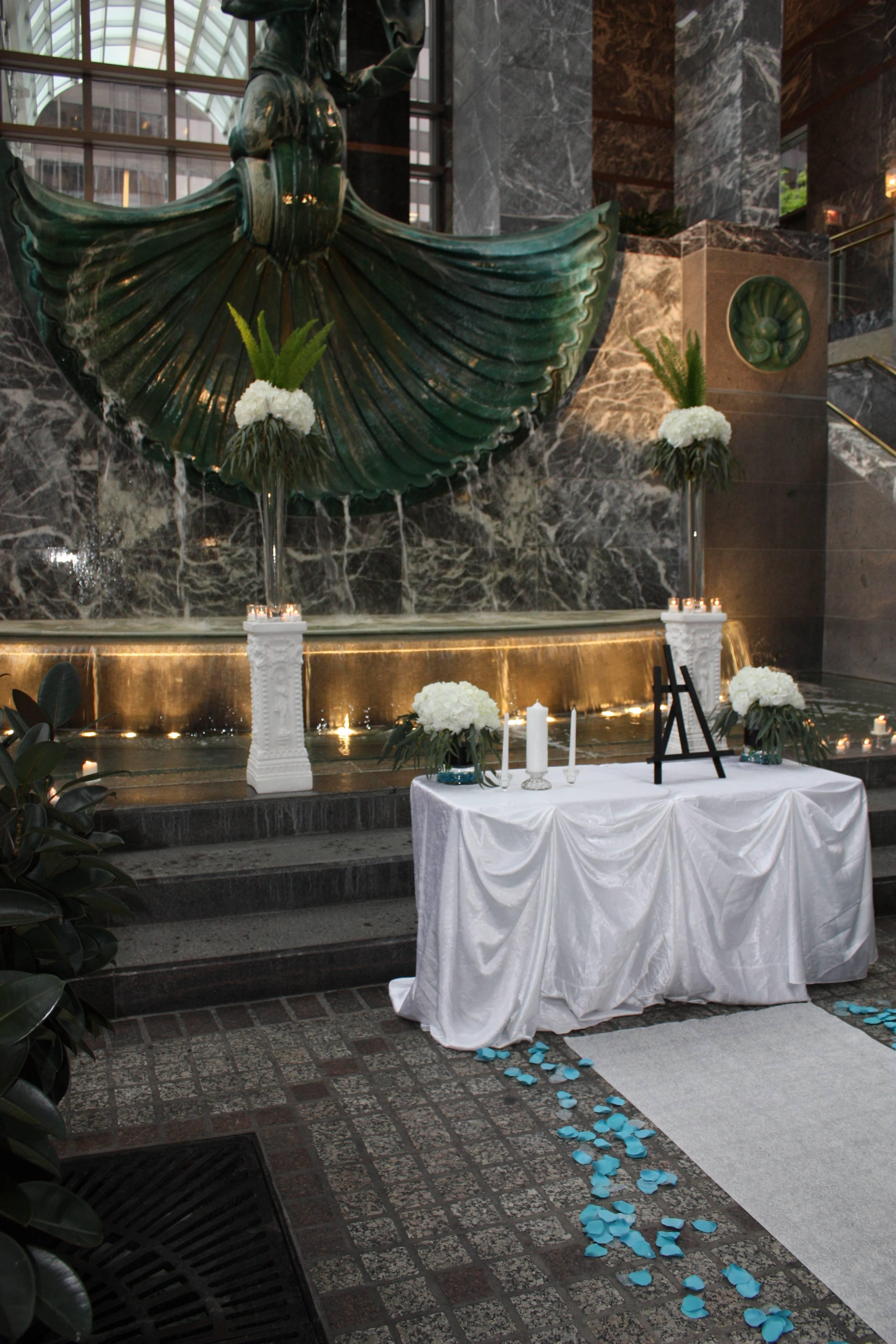 Aisle, Altar