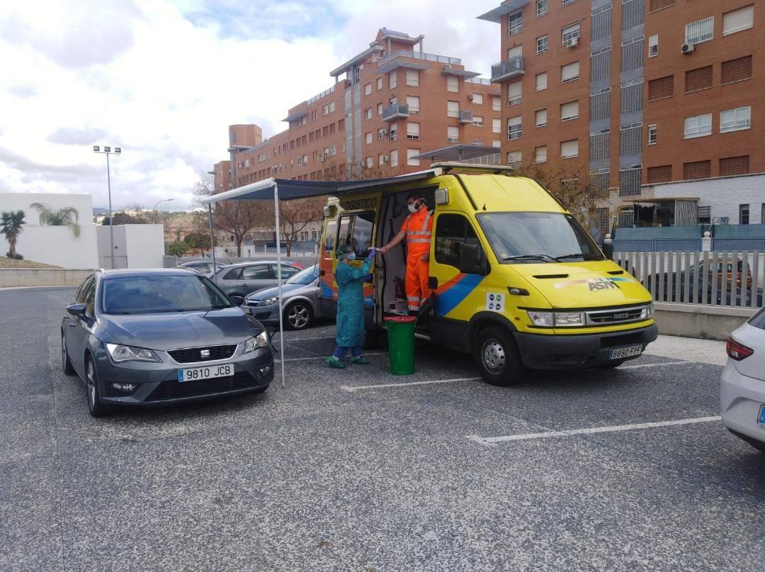 """Una tarde de voluntariado en """"La Roca"""""""