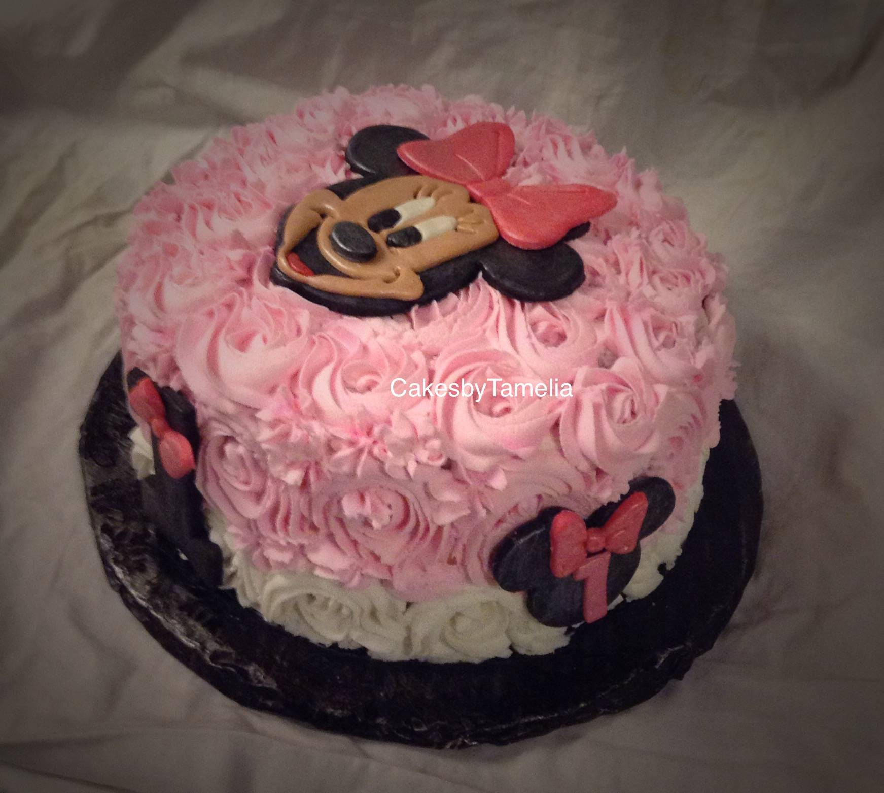 Minnie Mouse Rossette  Cake
