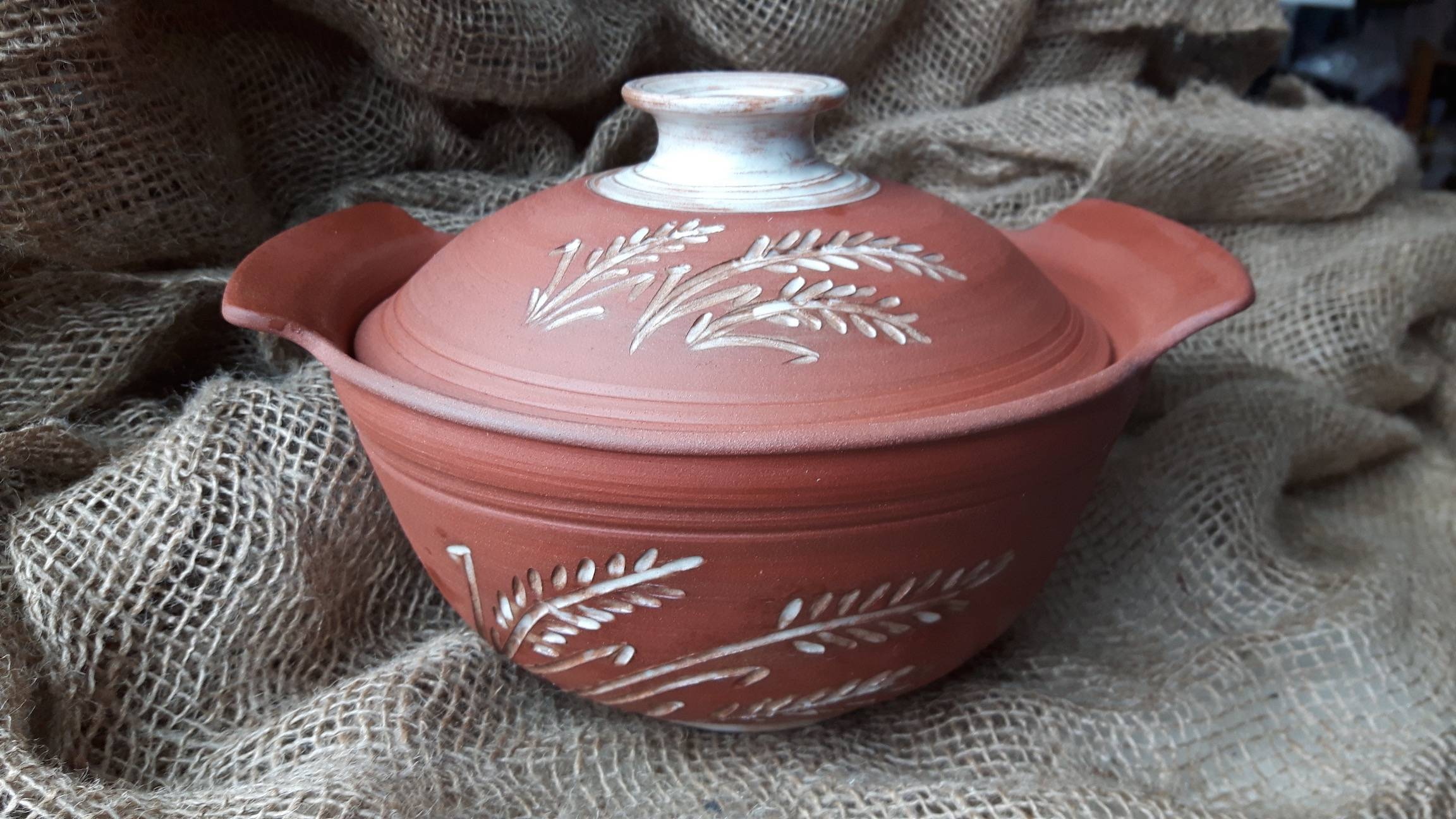Wheat Carved Casserole Bowl