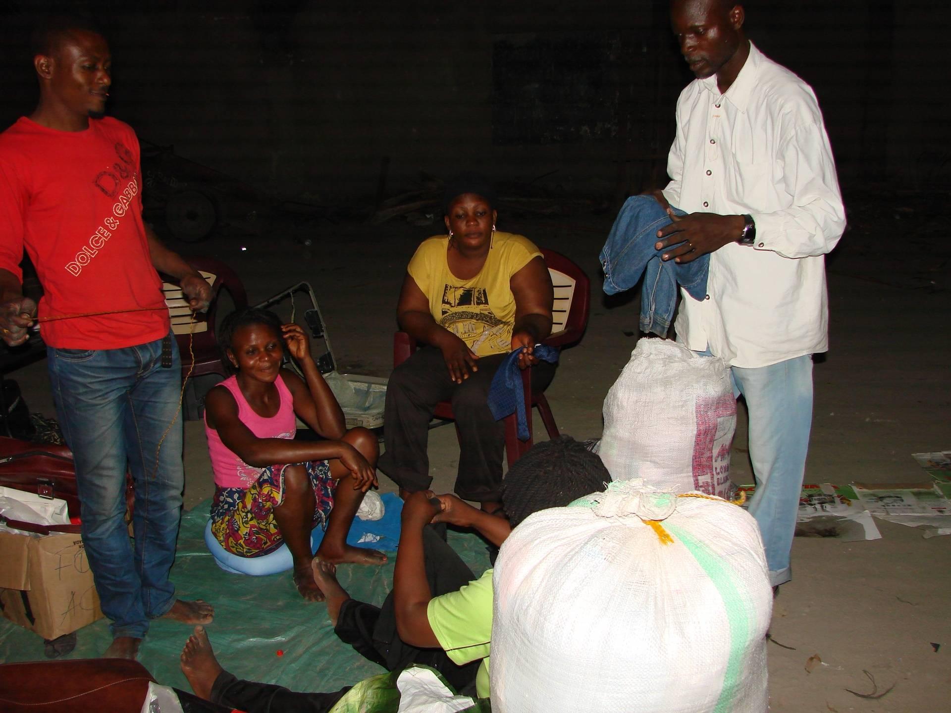 Distribution de dons 16