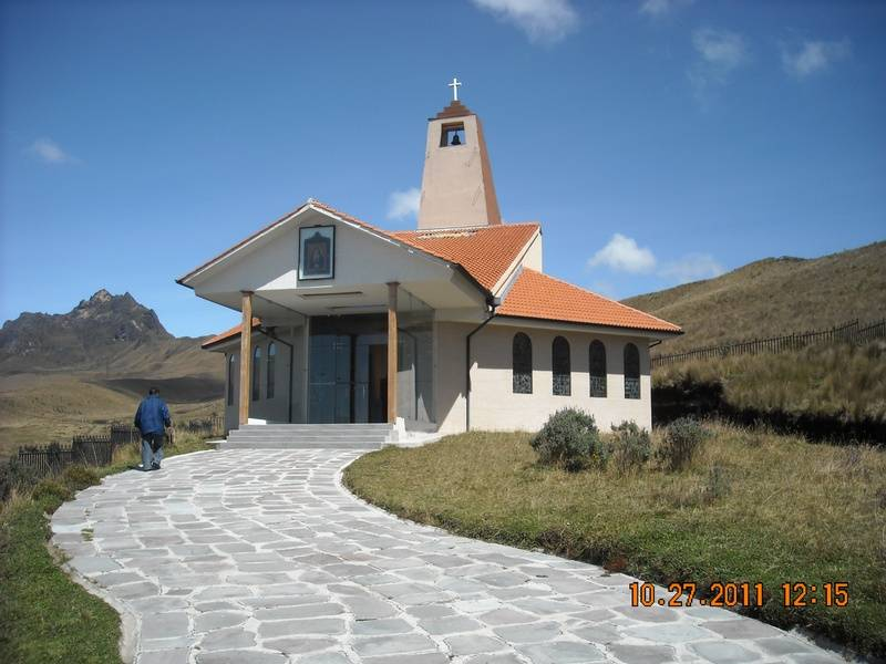 Teleferico small chapel