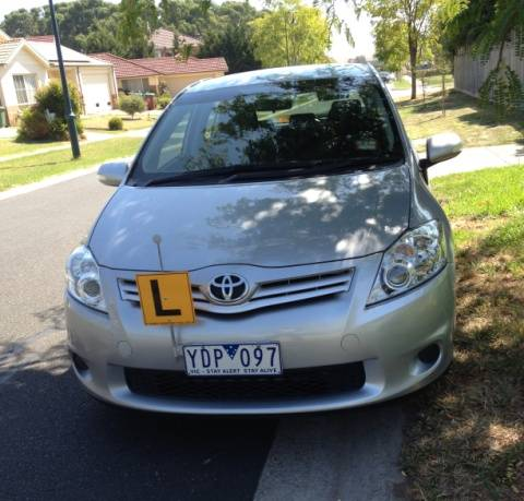 Driving School Noble Park - Toyota Corolla Hatch - Automatic Transmission