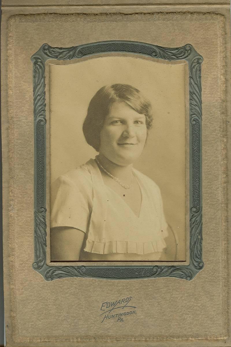Evelyn Mae (Rinker) Horn (1911-1965)