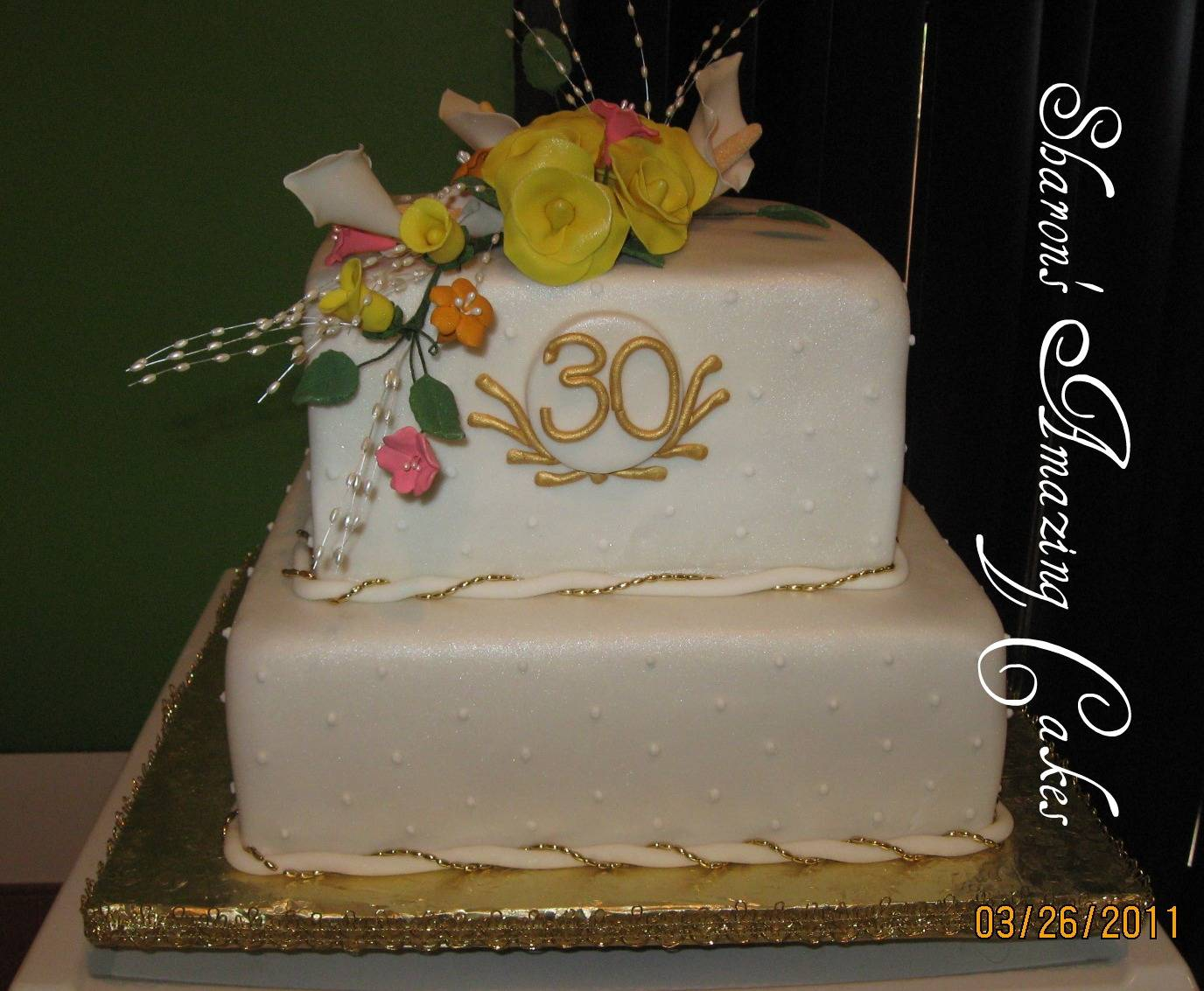 CAKE 27A1 -30th Anniversary Cake