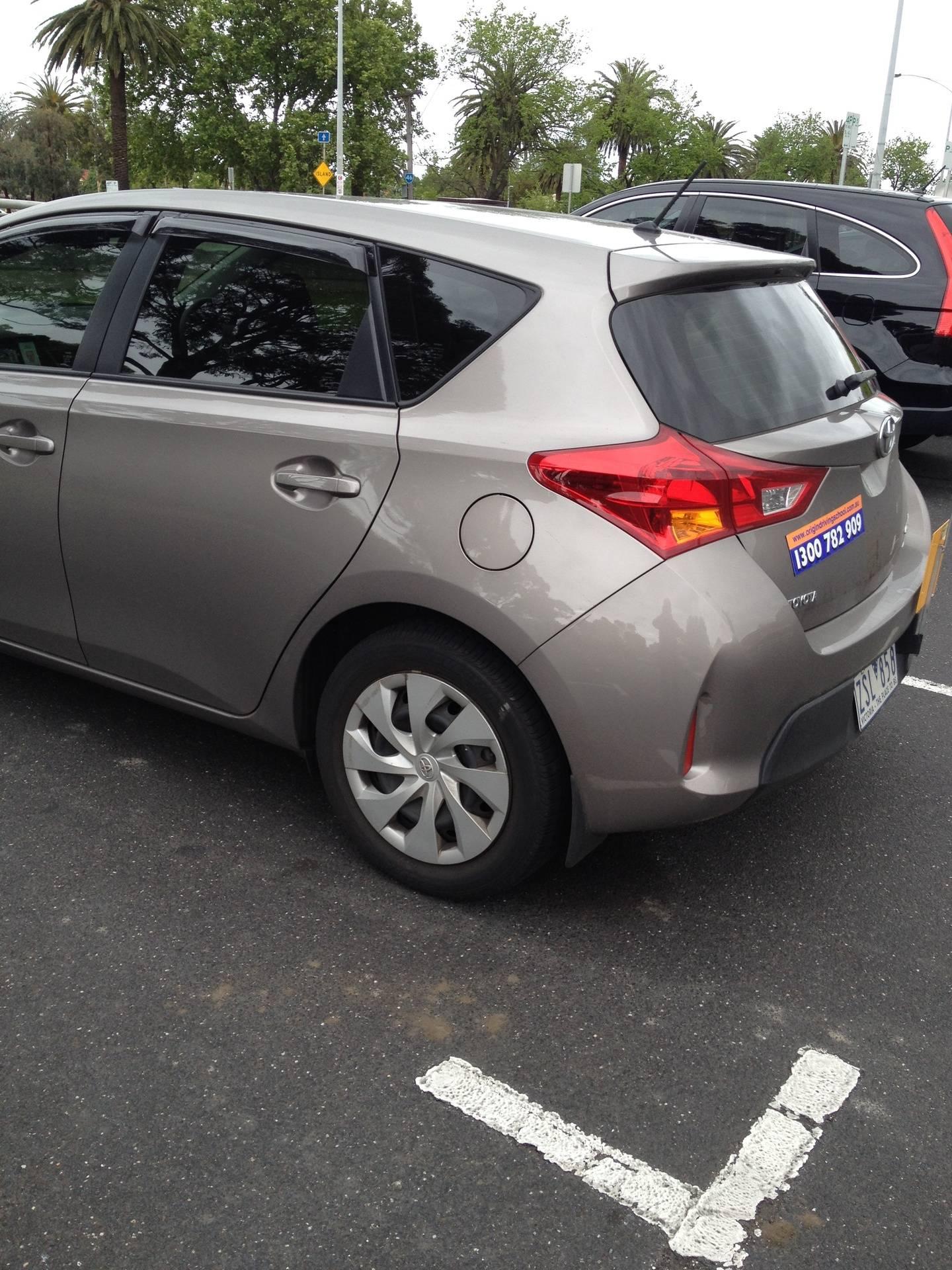 Driving School Essendon - Toyota Corolla Hatch -  Automatic Transmission