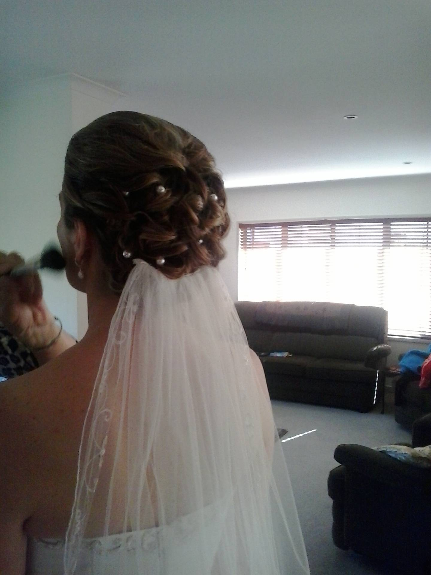 Wedding up do