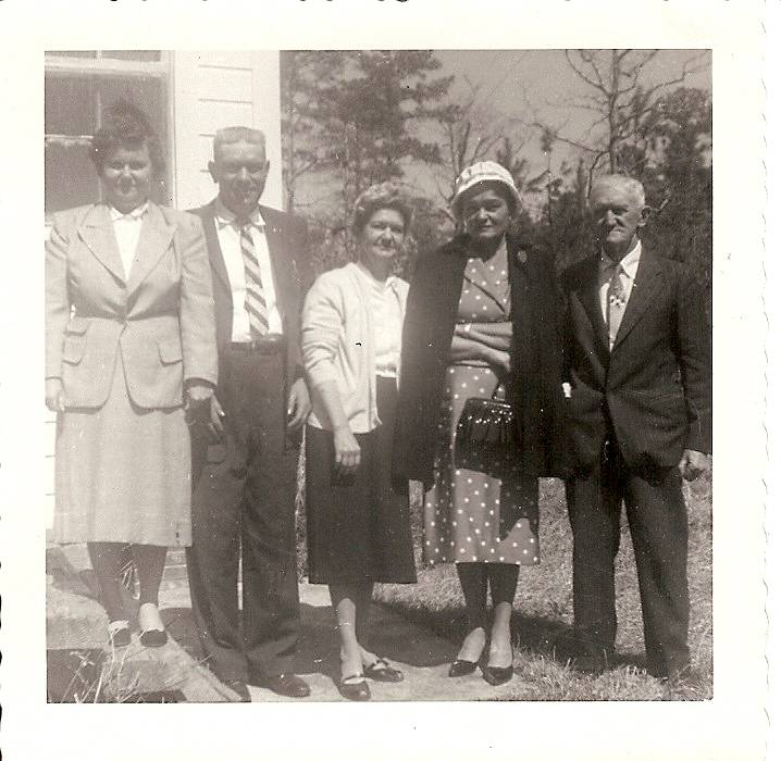 Lettie Bell, Dennis McCoy, Margaret, Statha, and James McCoy Ainsley 1959