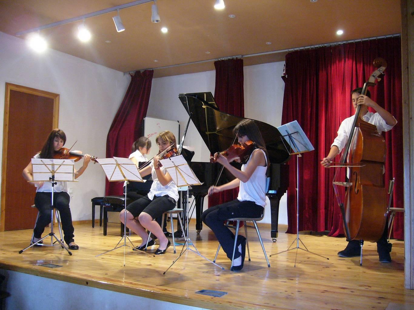 Quinteto de cuerdas en concierto