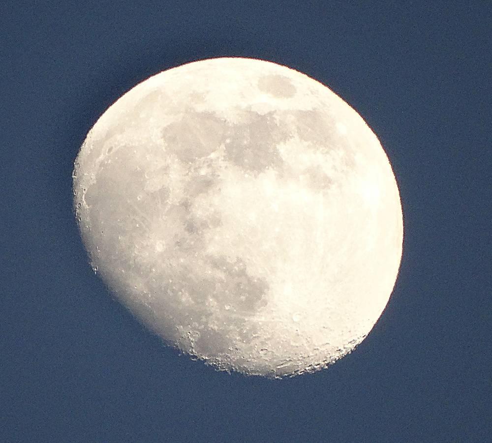 Moon over La Zubia 160616