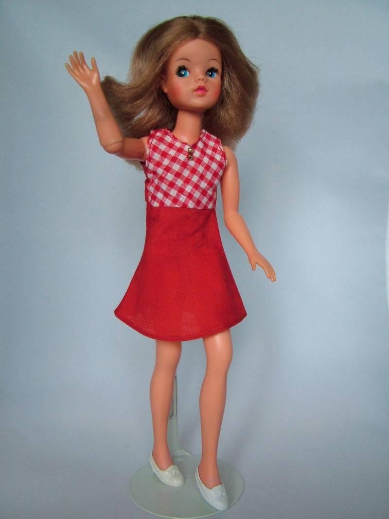 Fun Fashion - Red Sleeveless Dress
