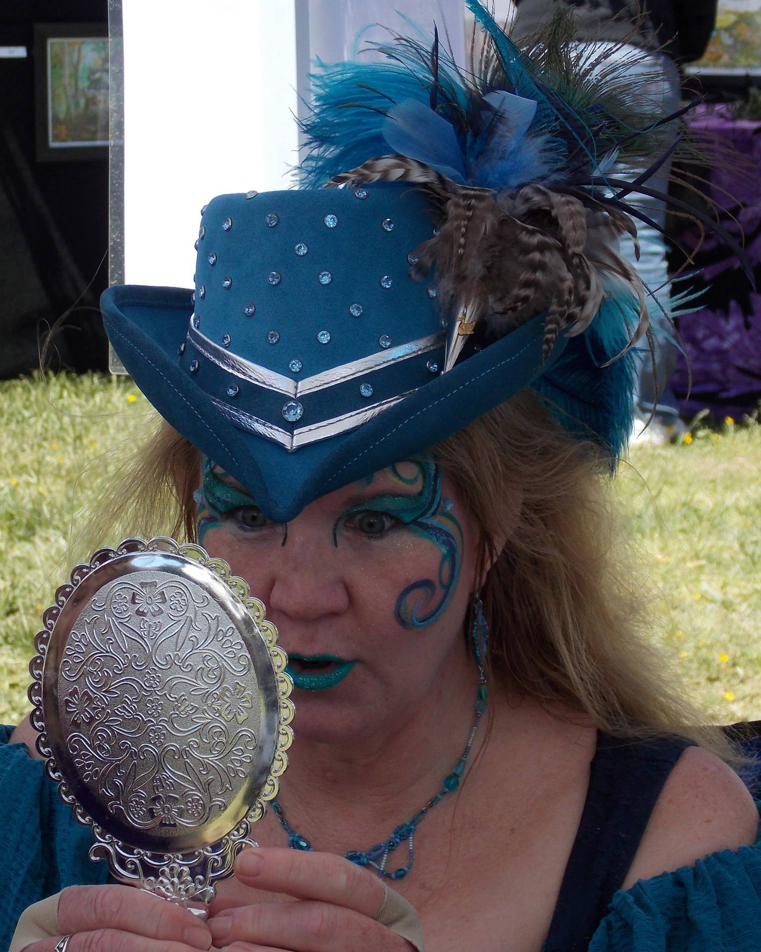 The Teal Lady at the Faerie festival