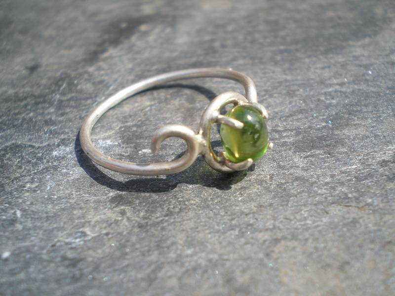 Simple Peridot Ring