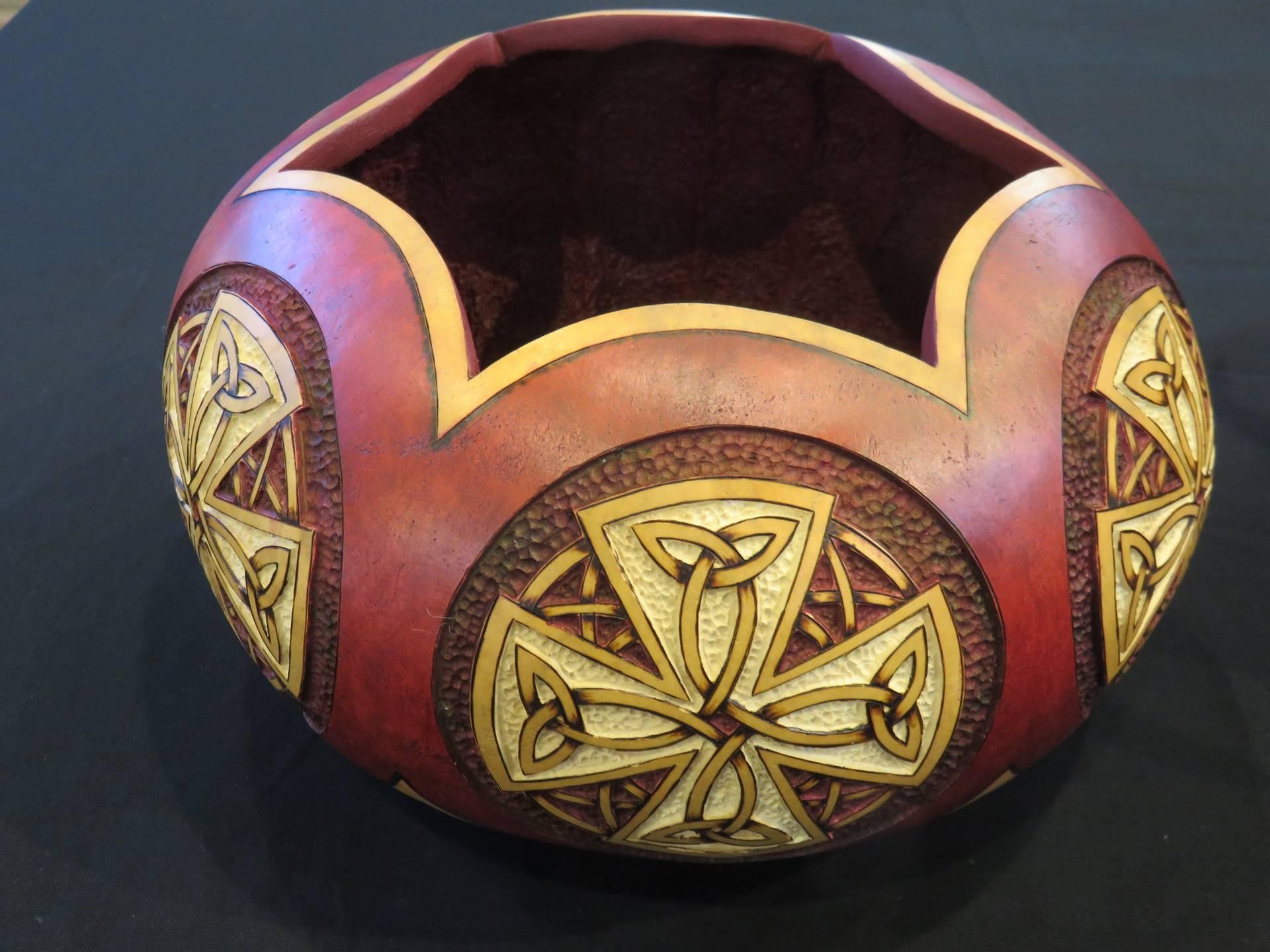 Bowl of Knots