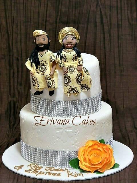 Traditional wedding cake 4