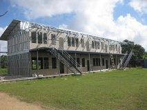 2014: de regering bouwt een nieuwe schoolvleugel