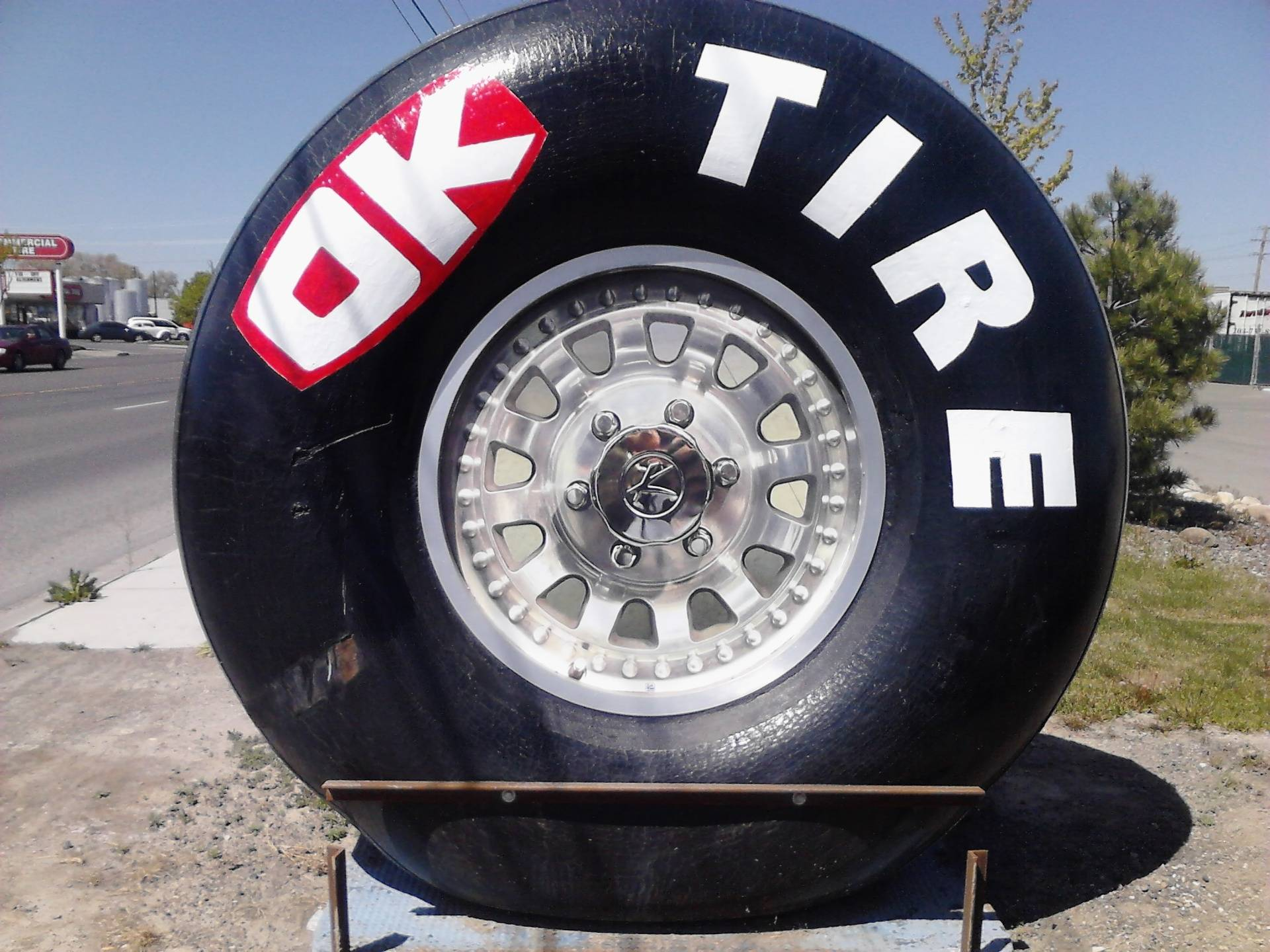 10ft tall Tire