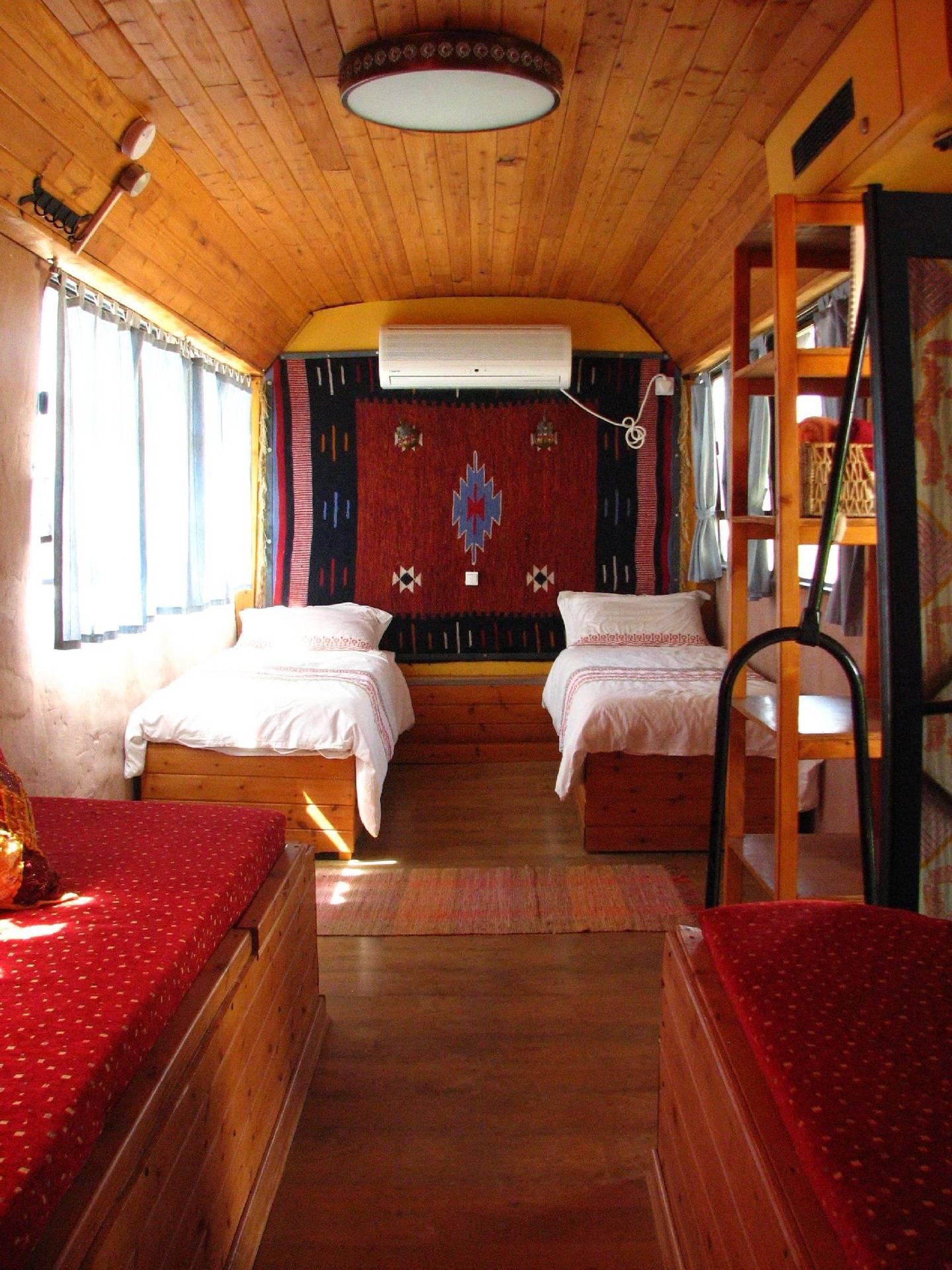 Zimmerbus 2