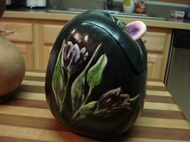 Painted goud container