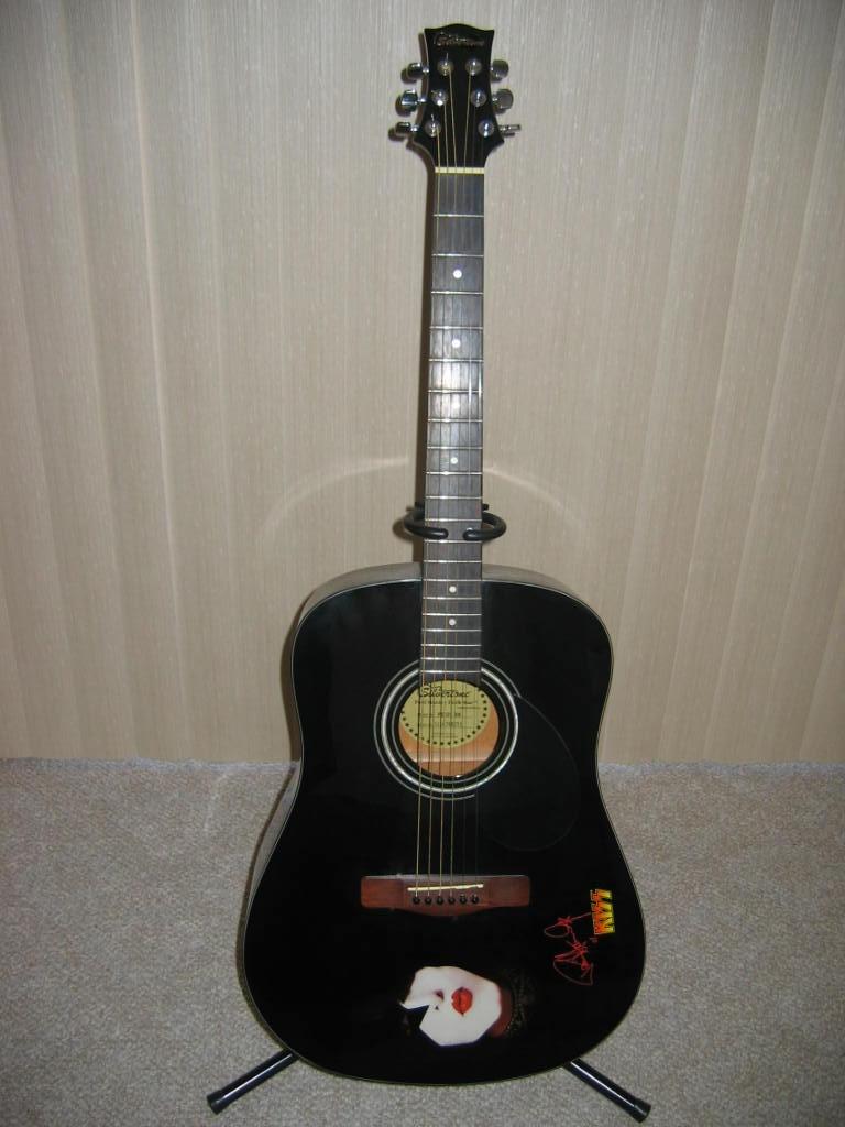 Silvertone Paul Stanley Dark Star Acoustic.
