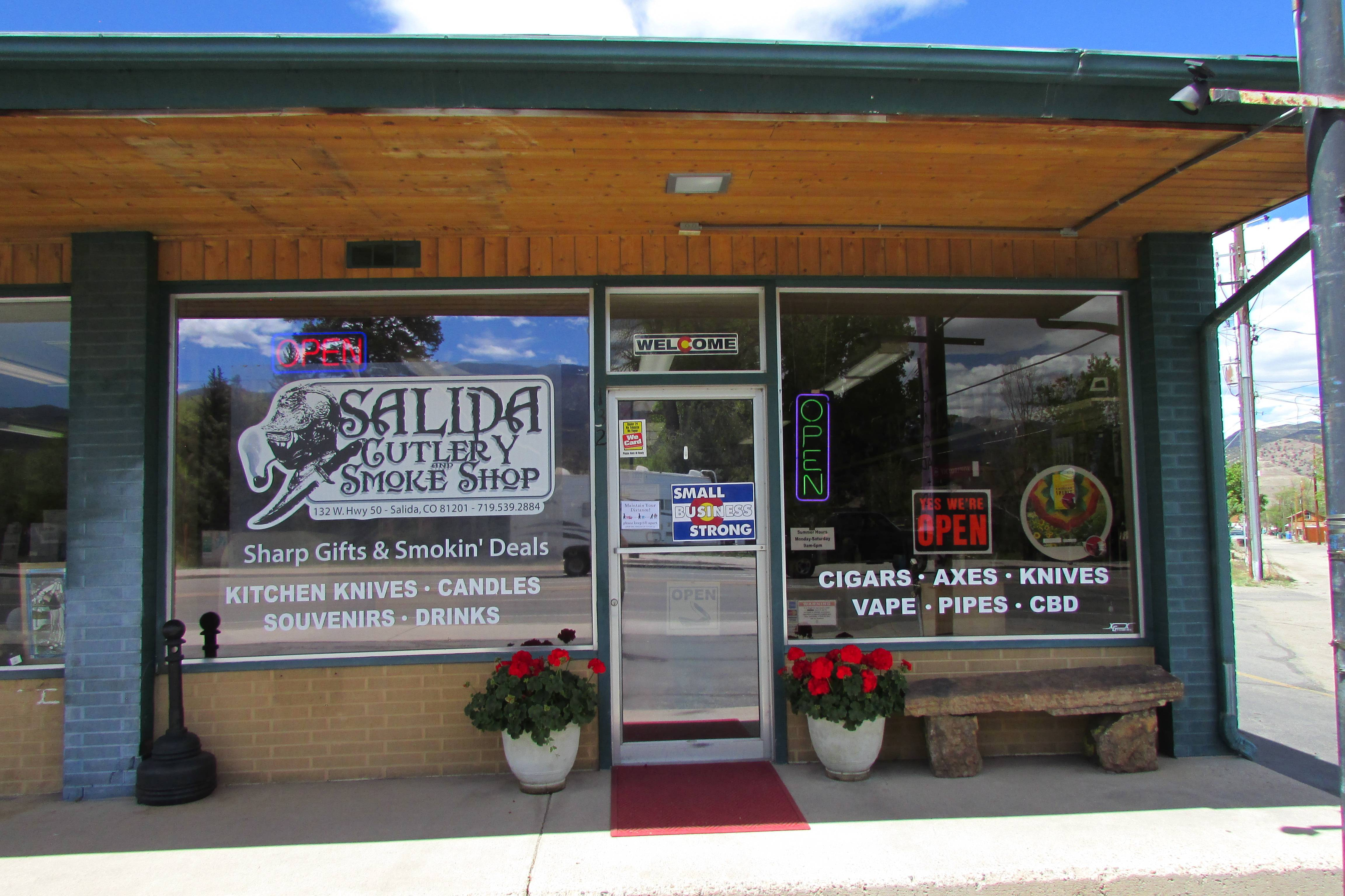 Store Front Salida Cutlery and Smoke Shop
