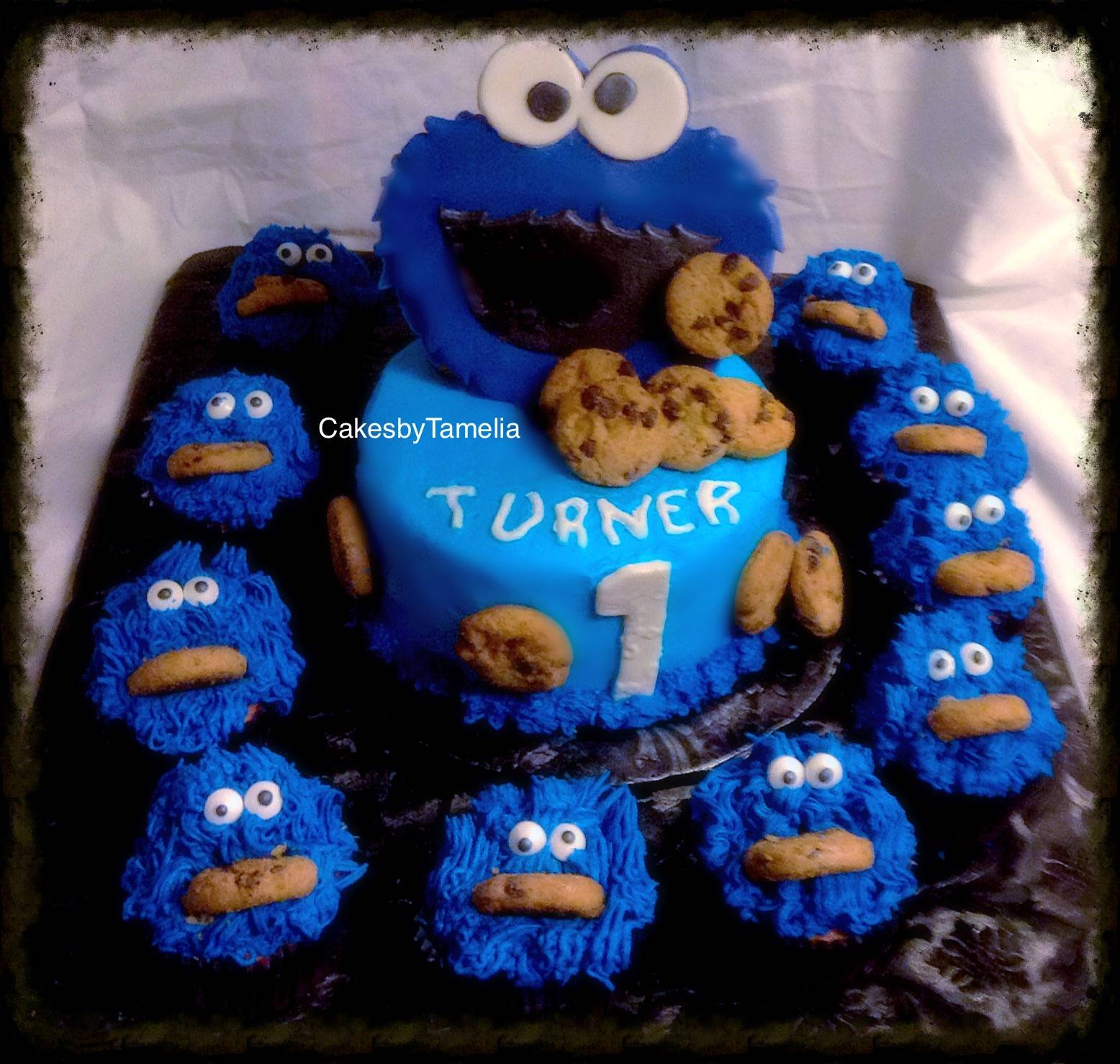 Cookie Monster Cake and Cupcakes
