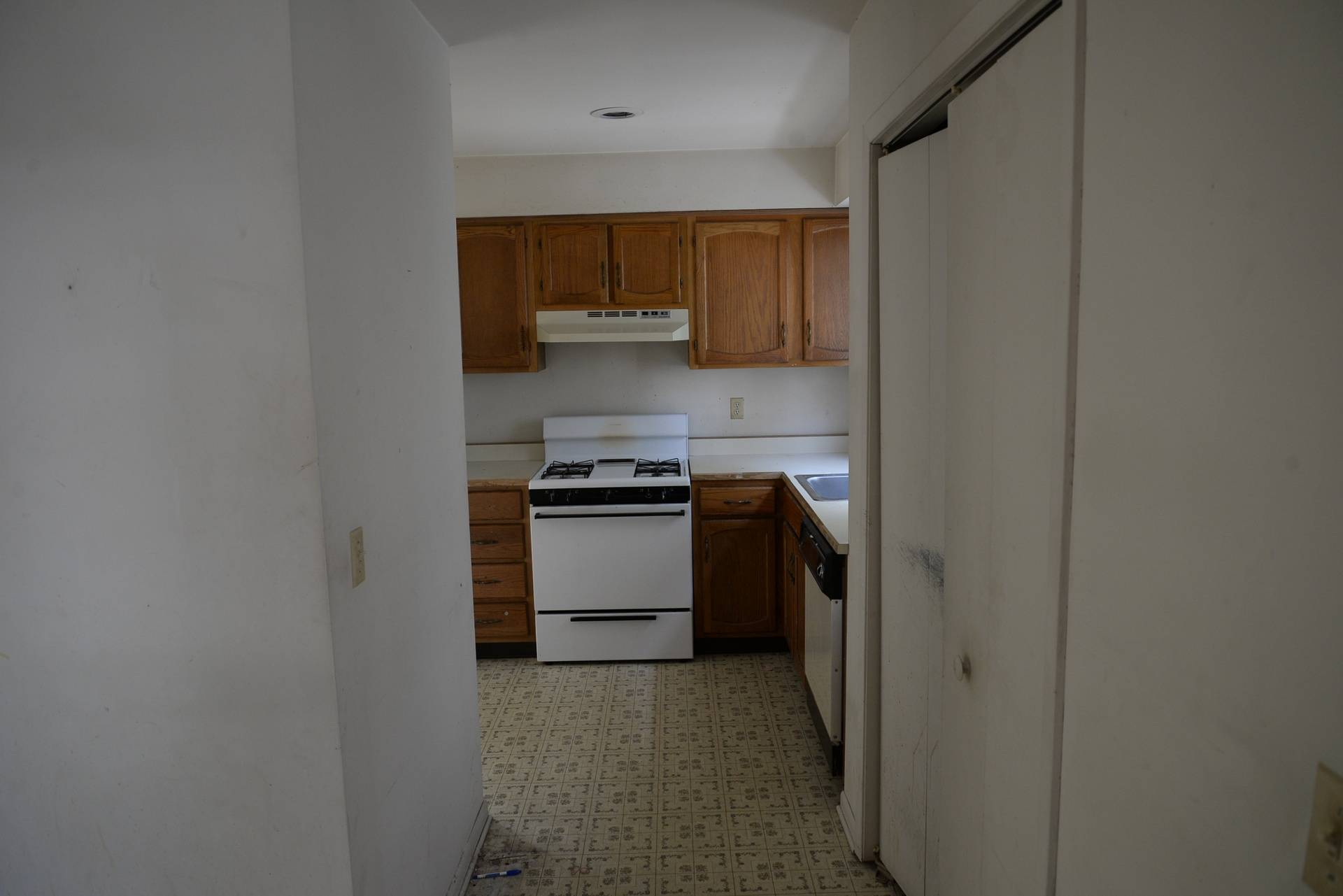 Foyer to the kitchen before