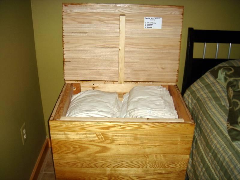 Sofa bed linens