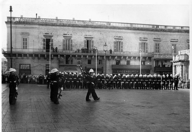 Guard Changing at Govenor's Palace