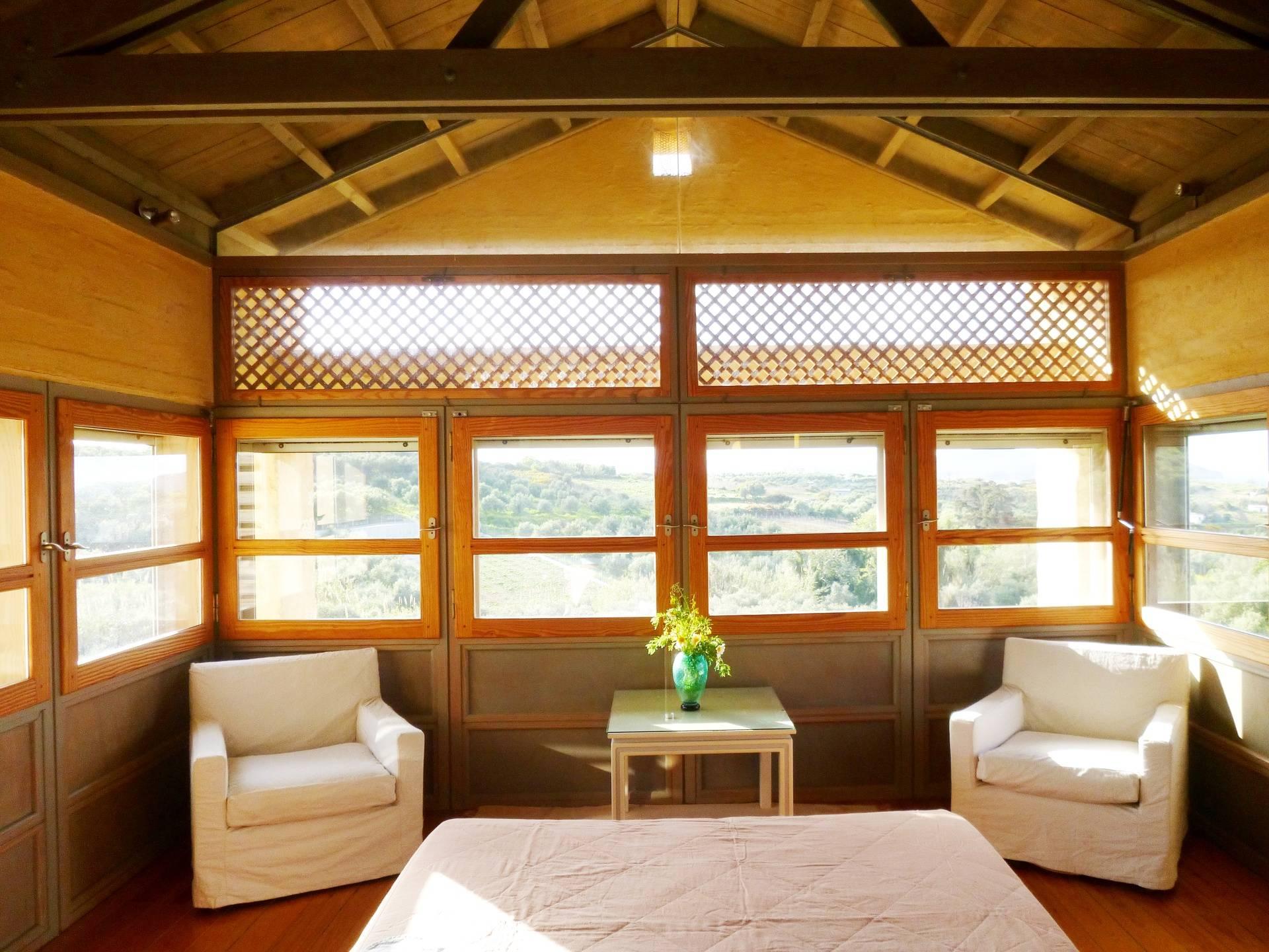upper floor: master bedroom