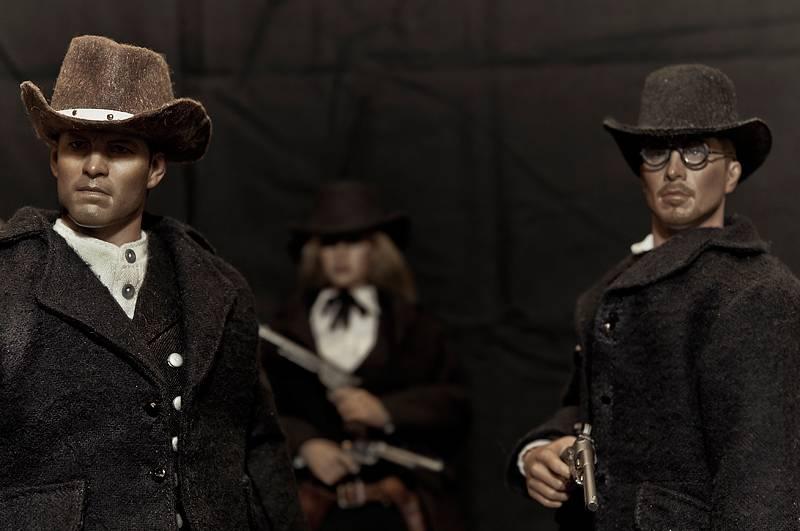Gang in black by J,H.