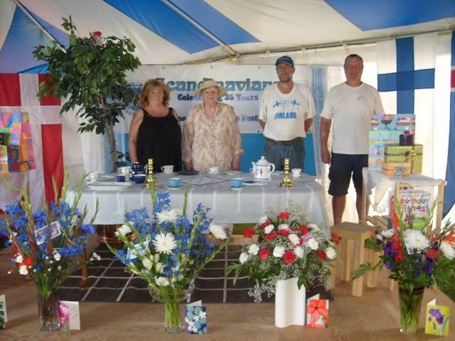 Finnish representatives at the pavilion