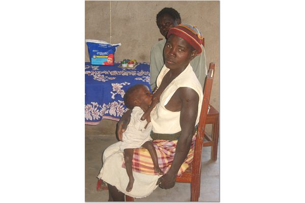 mother and babe with AIDS