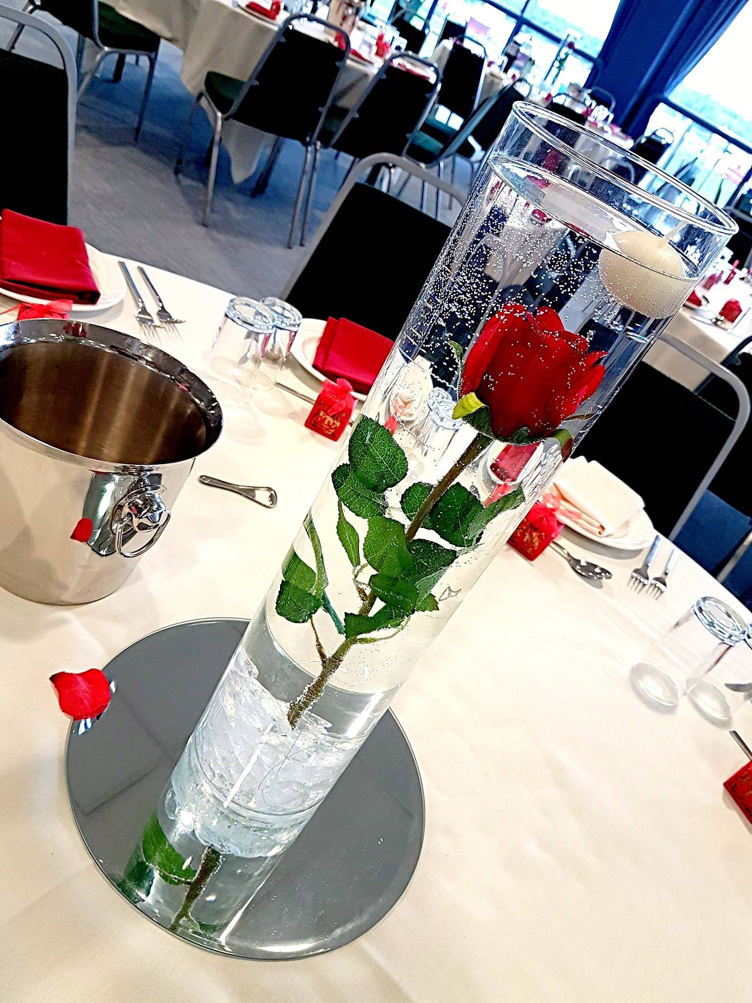 """24'"""" table centerpieces with red rose and 12"""" Mirror"""