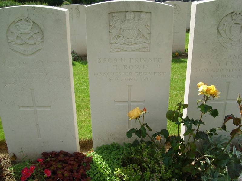 Pte. 350941 HAROLD ROWE,  2nd 9th Bn.