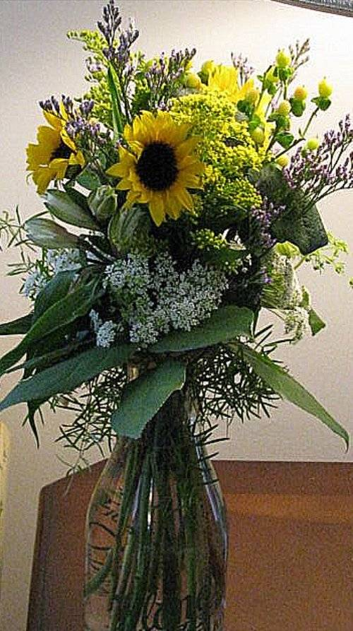 Floral Centerpiece - Country Style