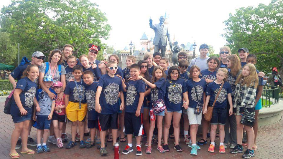 The entire group in front of the Disneyland Castle!!