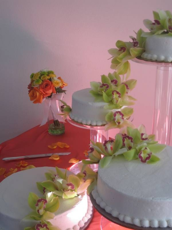 Simply Delicious Cake w/Cascading Orchids