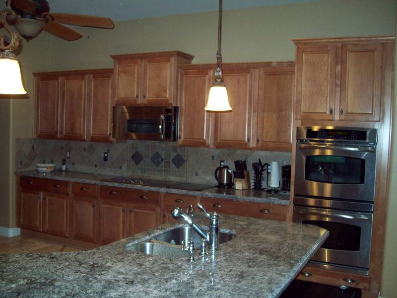 Kitchen with double over