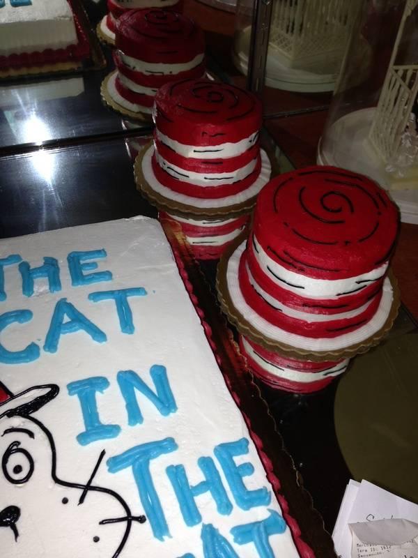 Cat In The Hat Smash cake