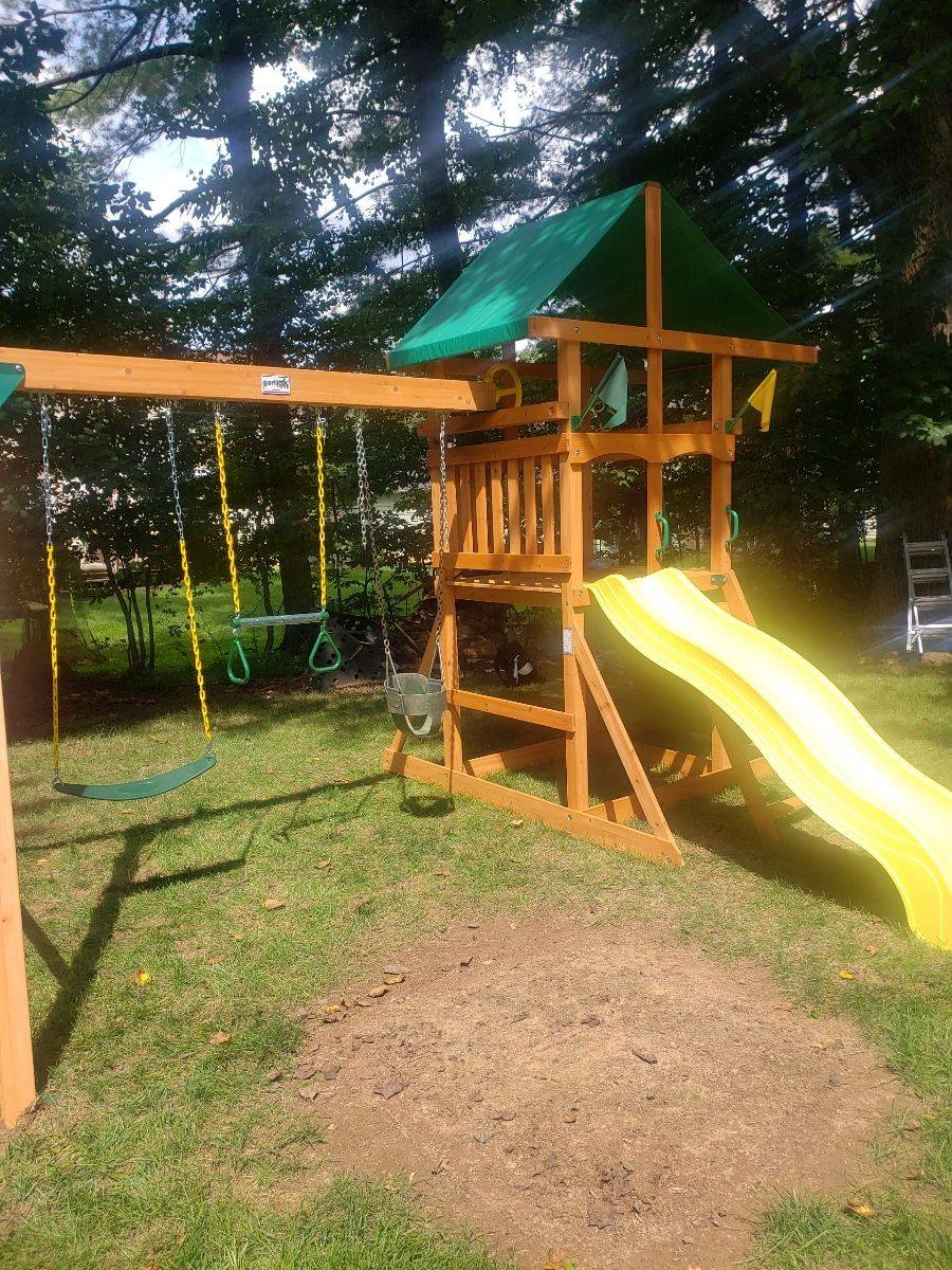 Gorilla playsets outing assembly in poolesville Maryland