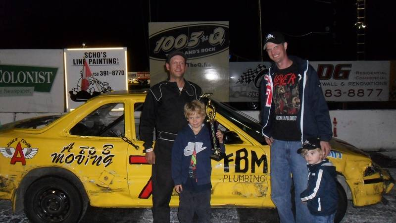 Hornet car racing 2011