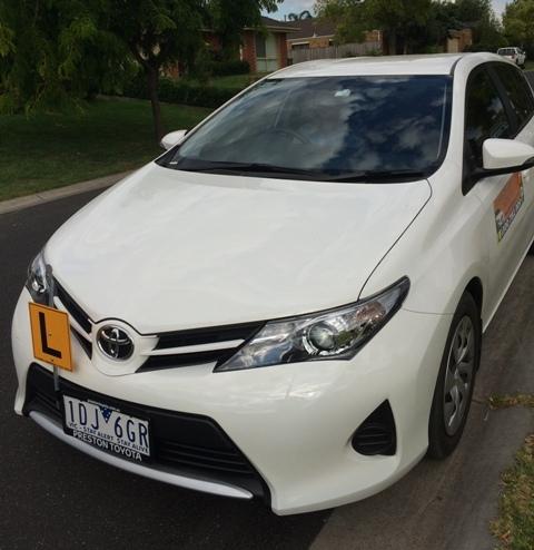 Driving School Heidelberg- Toyota Corolla Hatch 2015 - Automatic