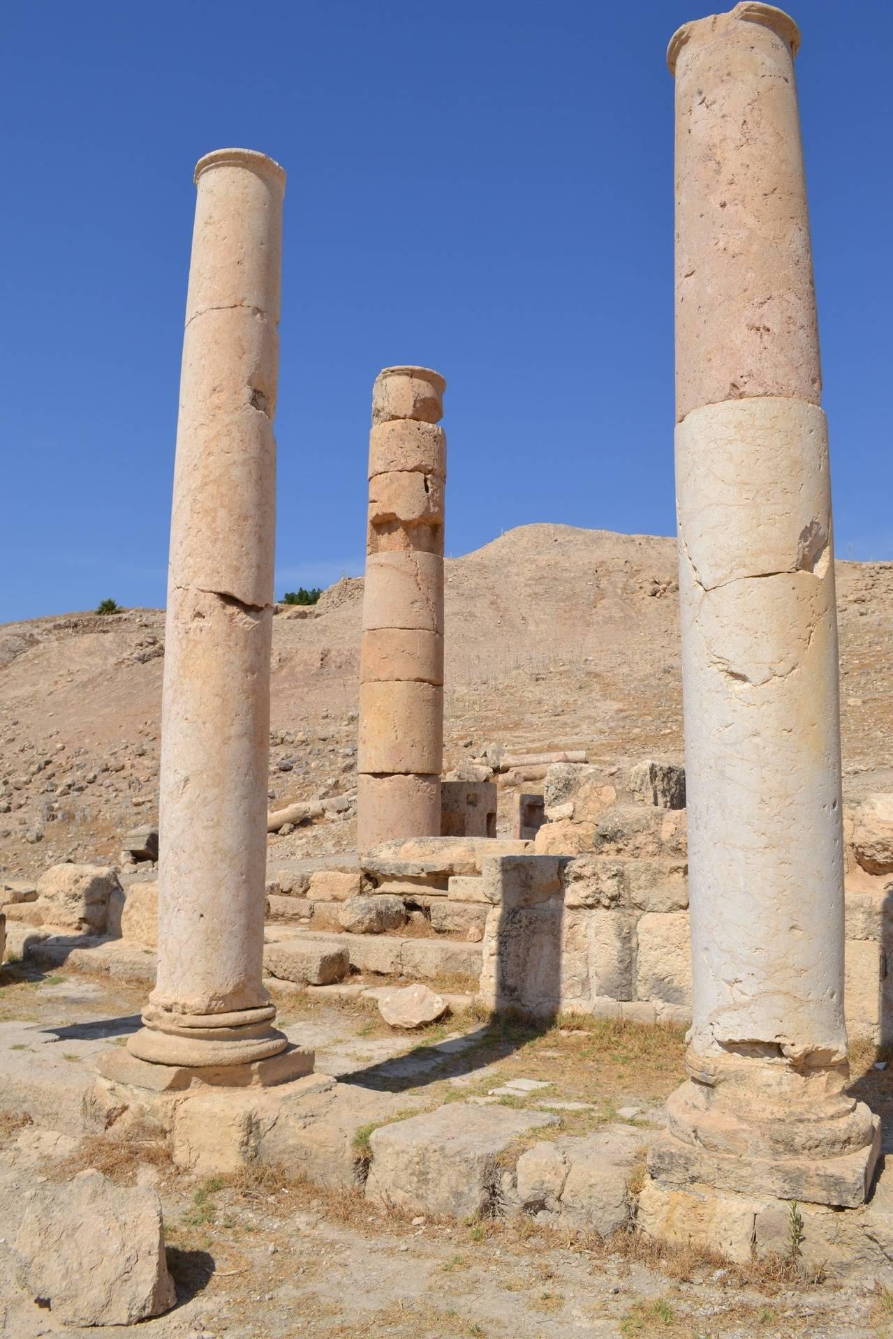 Pella Columns 3