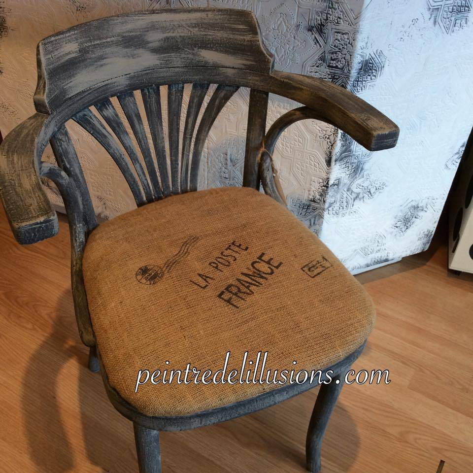 Vendu Chaise peinte
