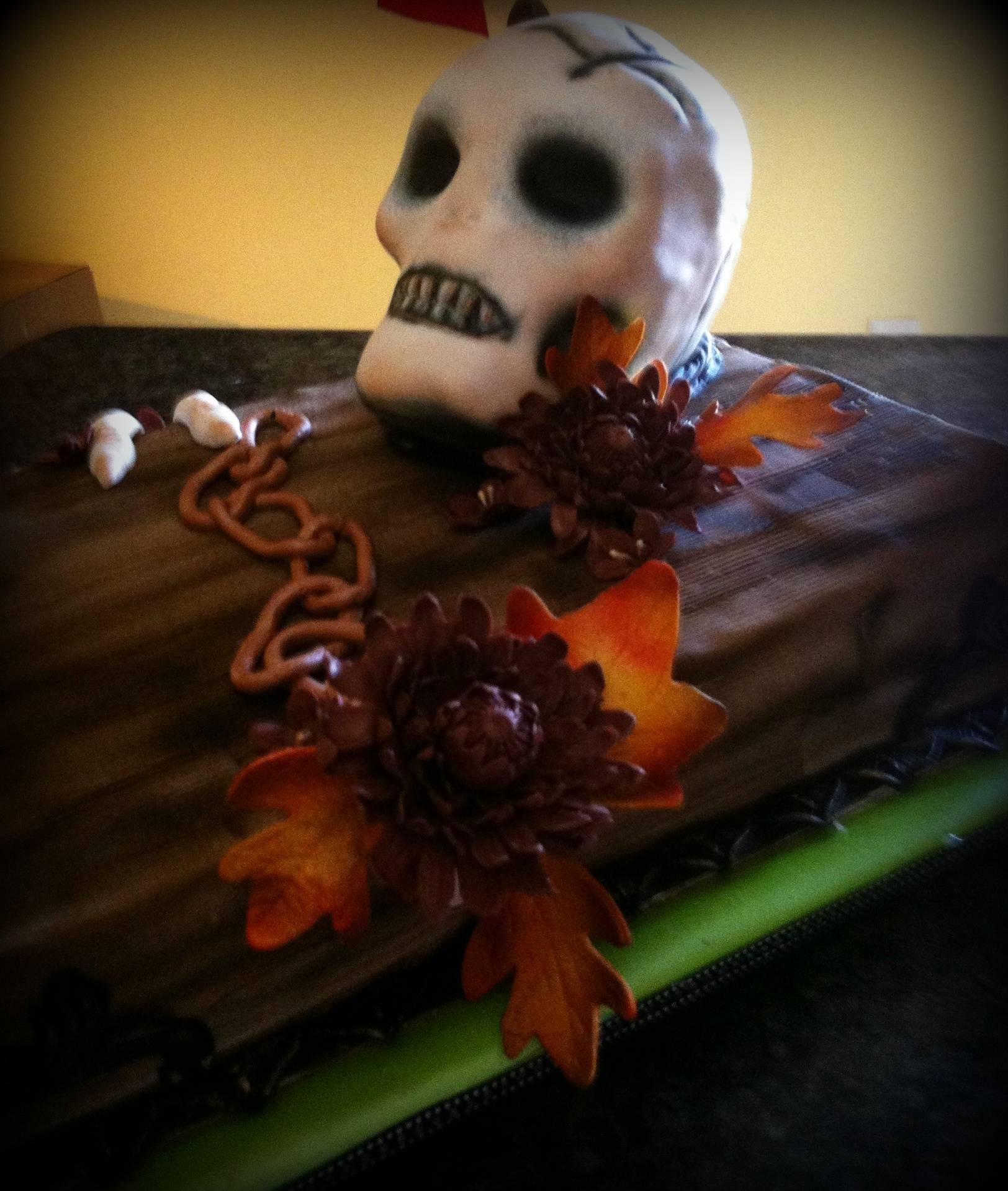 skull and coffin