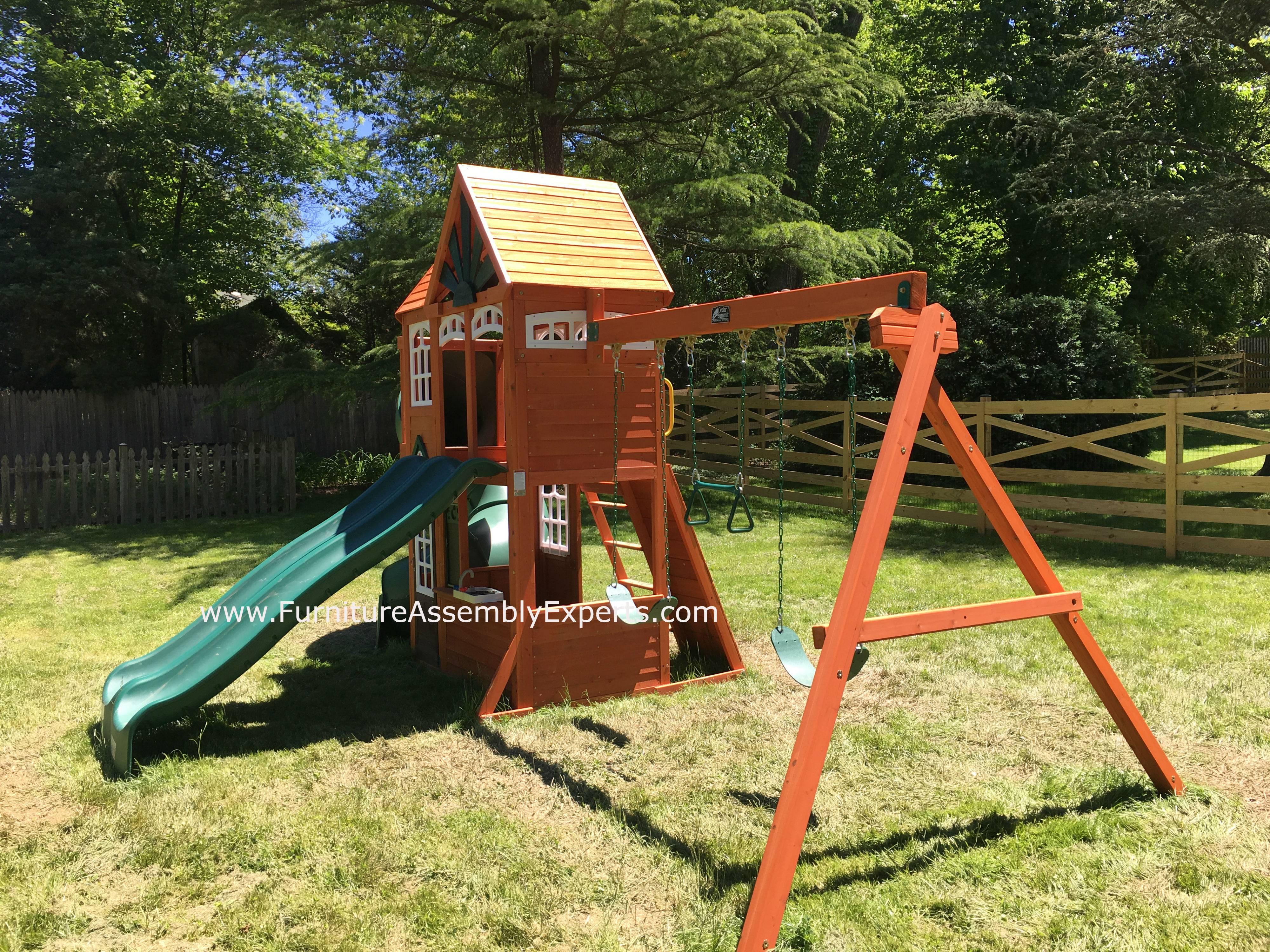 Cedar Summit Valleyview Deluxe Playset installation in Herndon Virginia