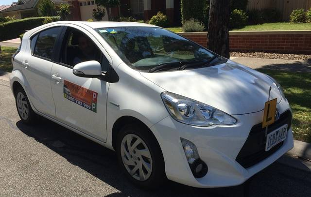 Driving School Officer - Toyota Prius 2015 - Automatic