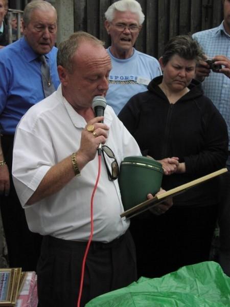 Steve Harris ( Jay) and John Harris ashes