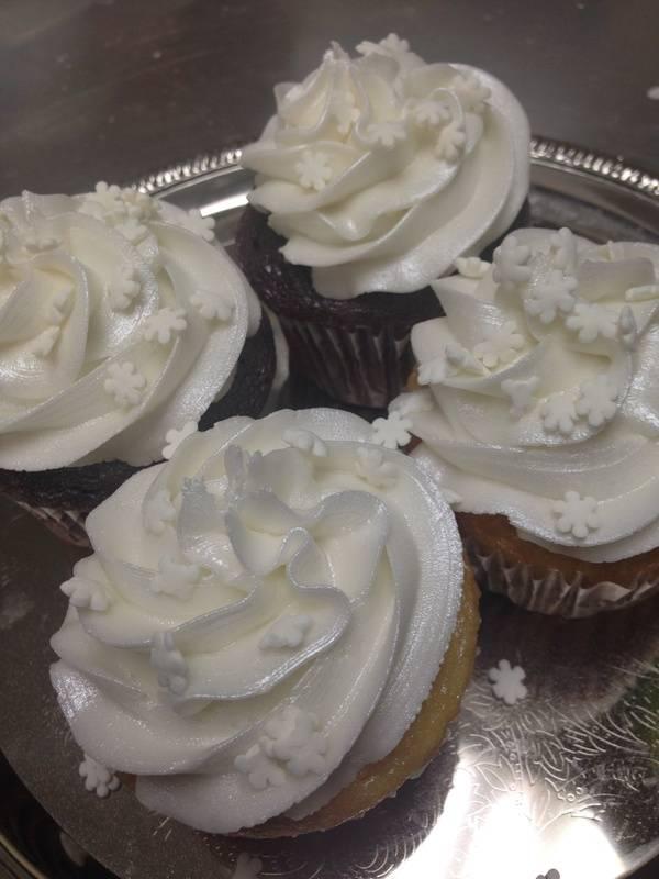 Snow Flake Cupcakes